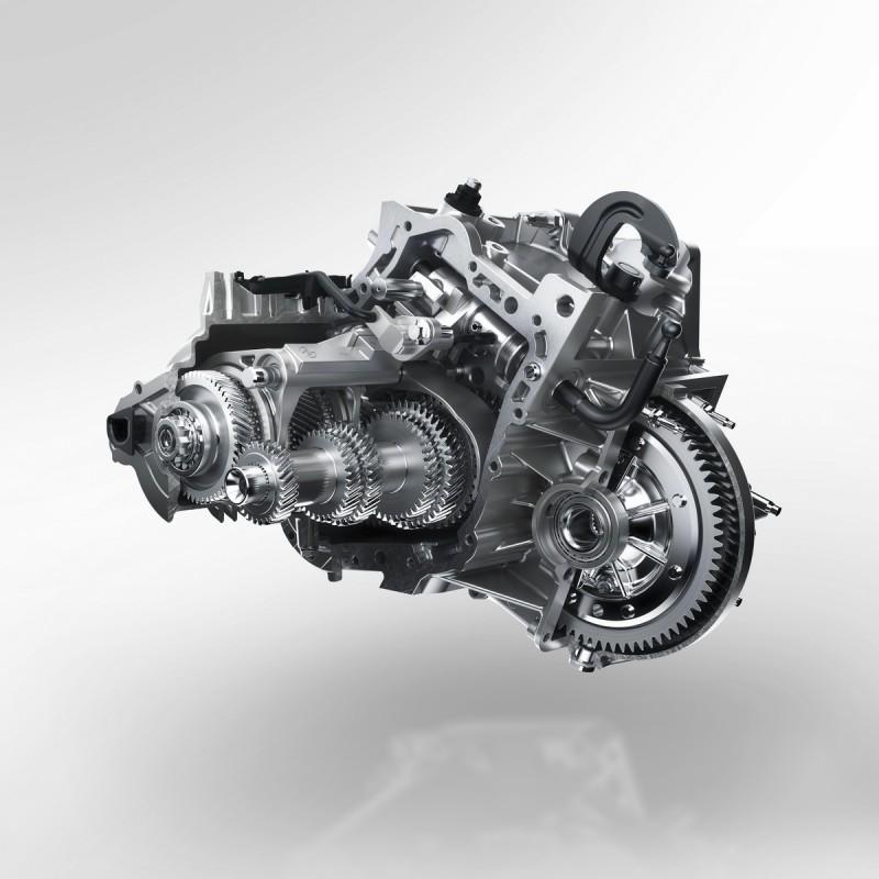變速箱與一線車廠同步採用Aisin開發換檔平順輸出線性的8速自排變速箱