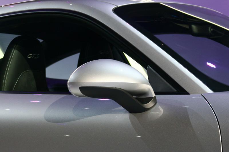 911 GTS標配的SportDesign 車側後視鏡。