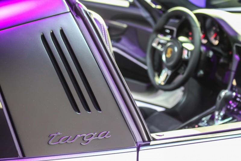 Targa應該是唯一在車身側面貼上字體的車款