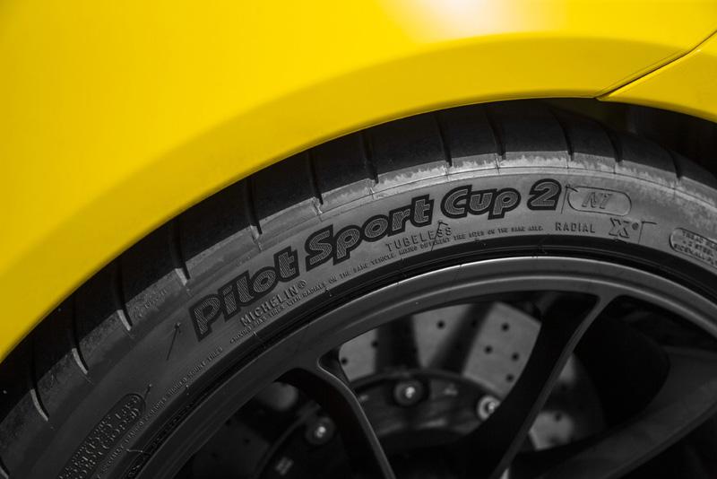 新911 GT3標準配備了Michelin Sport Cup 2 N1之高性能胎,新記錄亦是使用該款輪胎所跑出的。