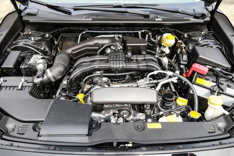 與先前試駕的四門車型相同,Impreza 5D 1.6i-S也搭載1.6升自然進氣水平對臥汽油引擎。