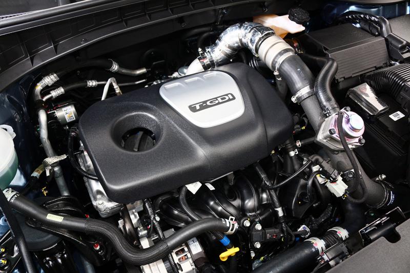 搭載之1.6升GDI缸內直噴渦輪增壓引擎,可輸出177ps/5500rpm最大馬力,以及達26.5kgm/1500~4500rpm最大扭力。