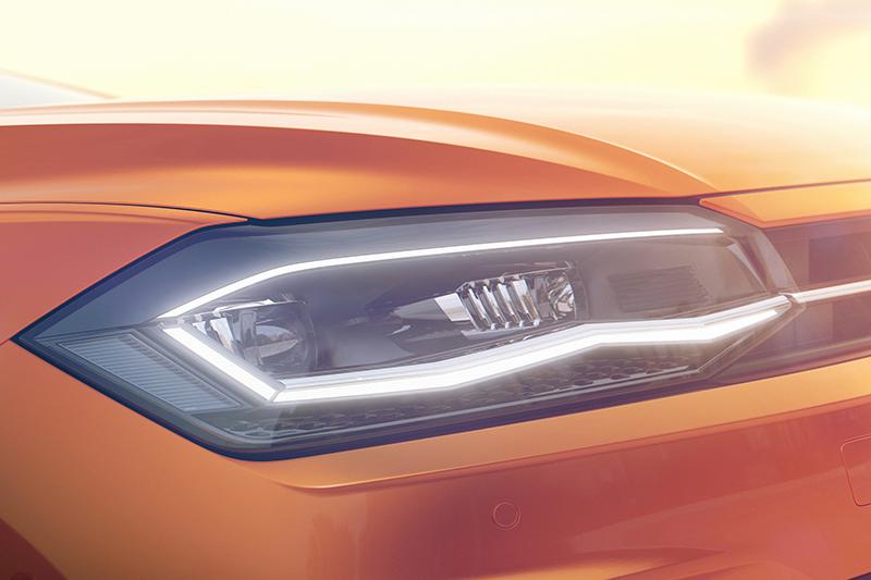 頭燈輪廓就很有Golf的聯想,看起來除了日行燈,就連頭燈也將會以LED呈現。