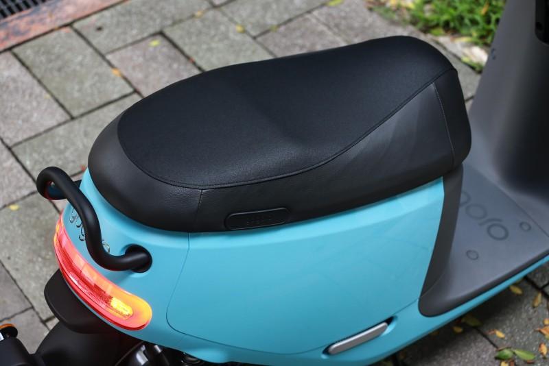 放大的坐墊面積可以輕鬆滿足雙人騎乘需求。