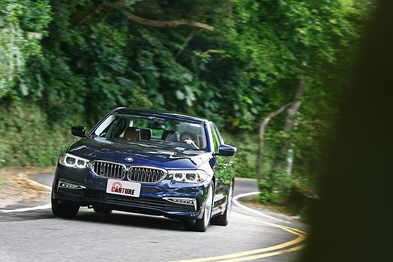 雖然動態身手了得,但520d Luxury的舒適度表現也頗值得稱道。