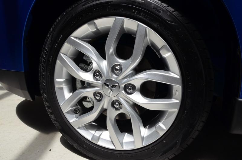 新款雙肋式輪圈更進一步妝點車側運動性