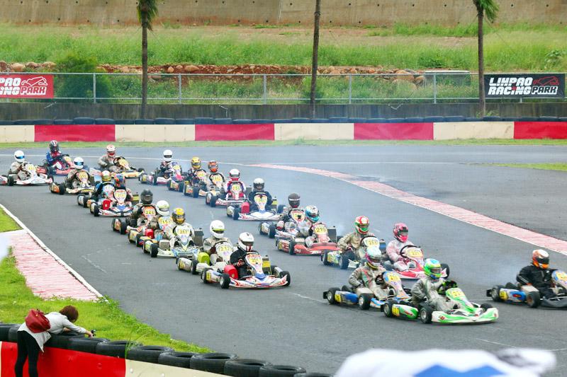 「極速超跑 TKOC 台灣小型賽車公開賽」第二站 IEMA X30組別共吸引25位車手參賽,是競爭最為激烈的一組。