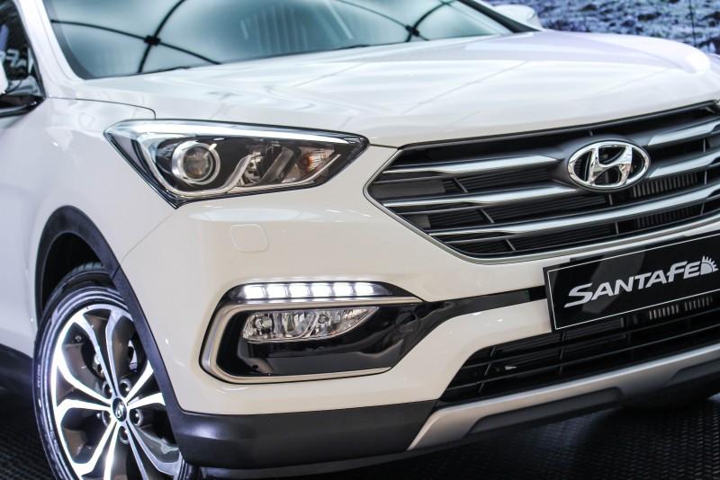 改款重點一張圖搞定!說韓國車怎樣怎樣之前,不妨先來摸摸看大燈、霧燈還有水箱罩的觸感