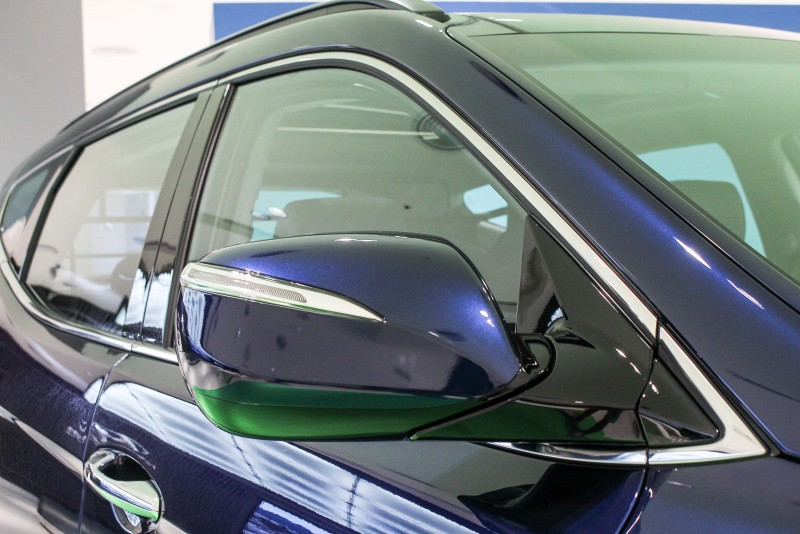 喜歡鍍鉻件亮晃晃的在車上嗎?選深色車漆就對了