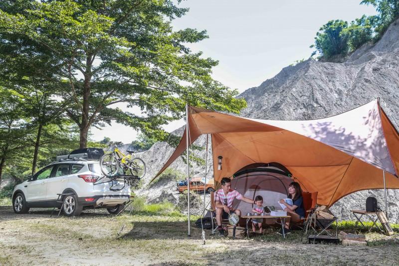 現場也安排了Kuga與時興的露營風搭配,展現休旅生活的多元面貌。