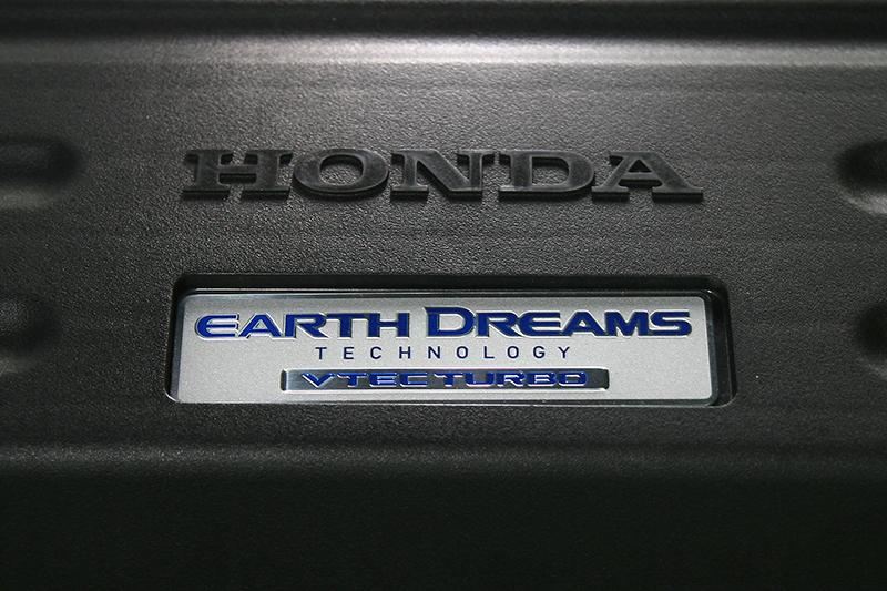 地球夢 -- Earth Dreams科技,懷抱本田對於地球以及動能的夢想。