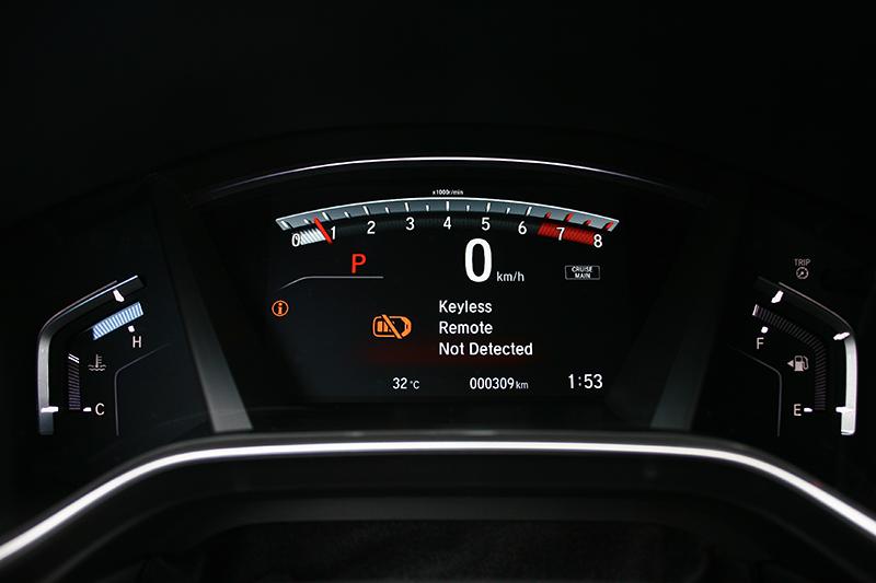 數位儀錶是全新CR-V所強調的部份,由此獲得更簡明易讀的資訊。