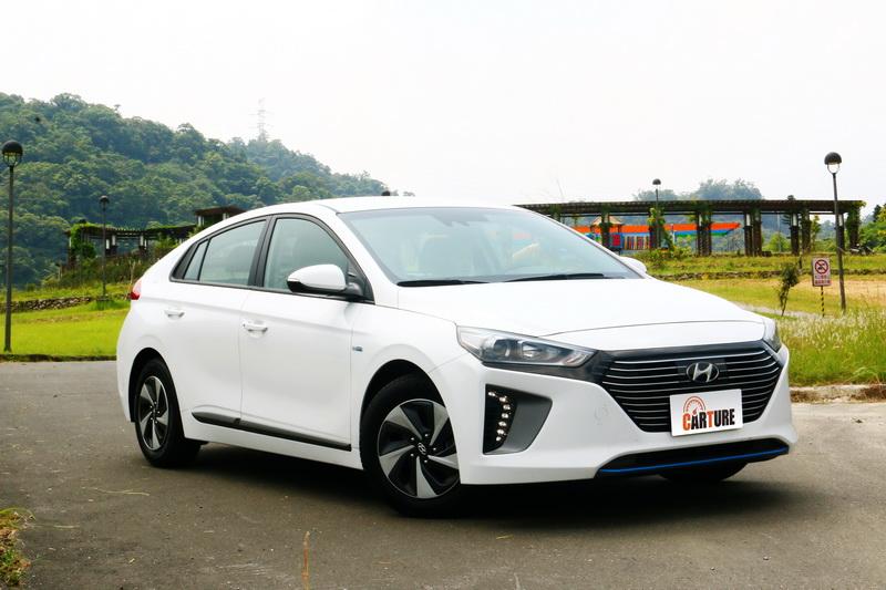 Hyundai Ioniq與眾不同的造型對於求新求變的年輕一代購車族群來說較具吸引力