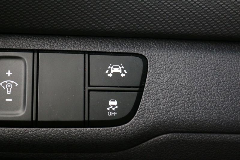 強大的主、被動安全系統才是Ioniq完勝其他車款的主要原因