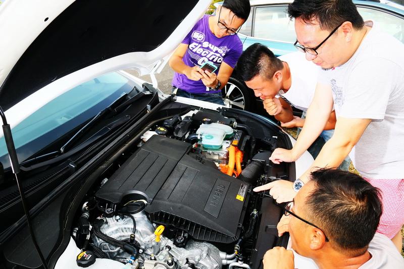 試車組皆對這具油電引擎給予高度評價
