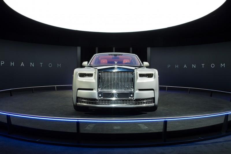 受Rolls-Royce台灣總代理盛惟之邀請,前往日本東京參與第八代Phantom預覽活動,但因禁止攜帶攝影器材,所有圖片皆為原廠提供。