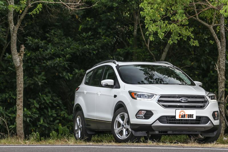 身為此篇主角,Ford Kuga勁化未來版售價為新台幣99.9萬元。