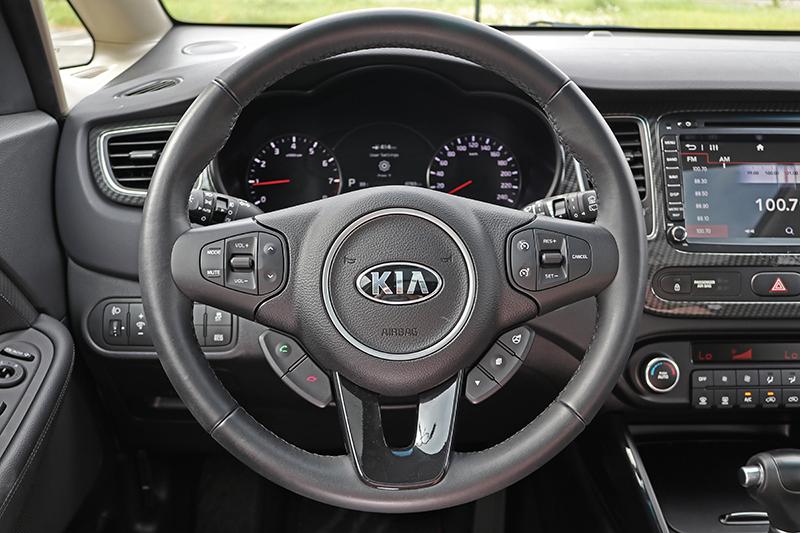 駕駛介面相當自然,值得注意的是,質感表現還頗為出色。