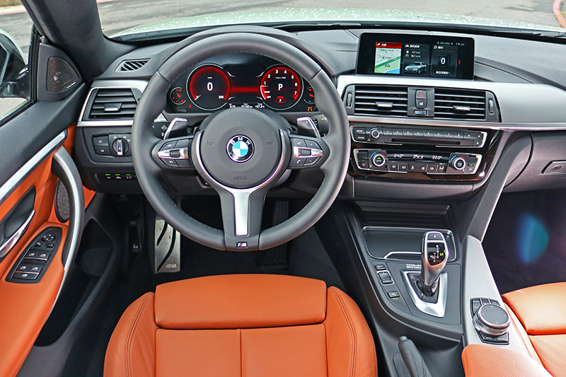 駕駛介面堪稱完美,新式樣方向盤更是令人愛不釋手。