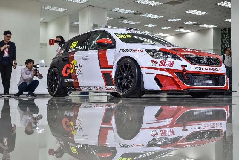 嘉偉哥表示:308 Racing Cup懸吊幾何可微調空間比RCZ racing cup更多,這是優點