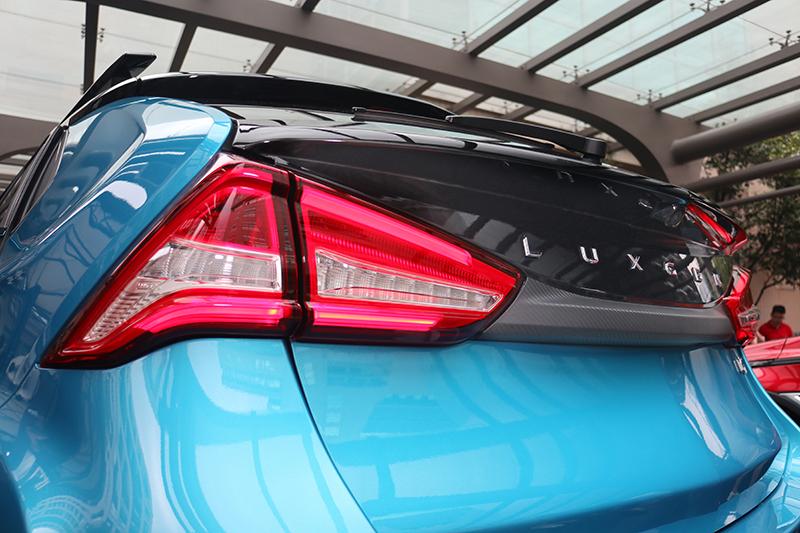 雙層式後燈組有人聯想起Volvo,但其實各有巧妙不同。