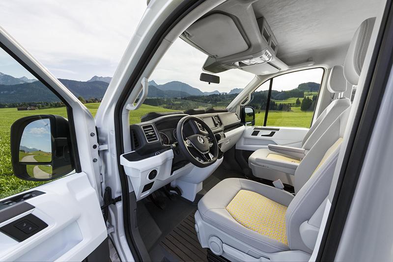 駕駛座依舊相當Crafter,但被設計得更為居家且舒適。