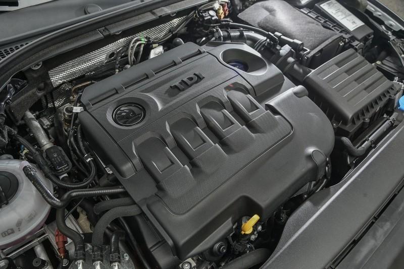 直四渦輪增壓柴油引擎重新調校後馬力提升25%來到190hp,扭力峰值也同步成長18%成為40.8kg/m