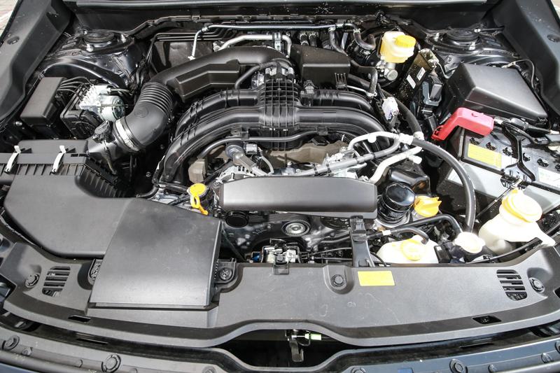 新世代XV搭載2.0升自然進氣水平對臥汽油引擎,具備156ps/20.0kgm輸出表現。