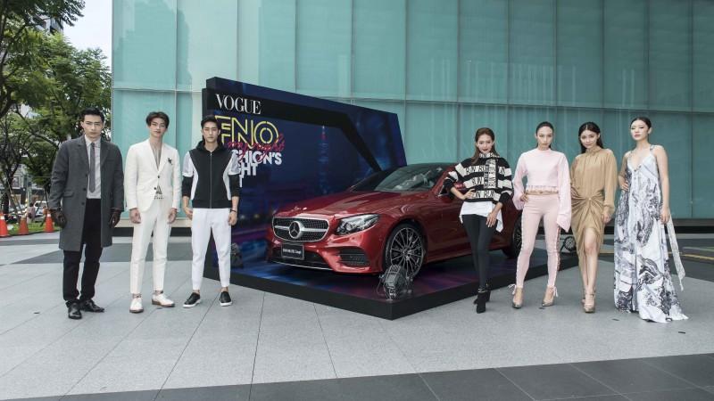 凱渥名模與賓士優雅轎跑The New E-Class Coupé合影