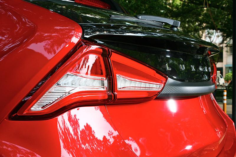 雙色車尾也是視覺亮點,帶給U5較同級更優異的質感表現。