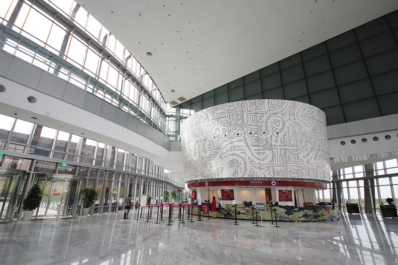 作為南臺灣院區的這座國家級全新博物館,理所當然值得一遊。