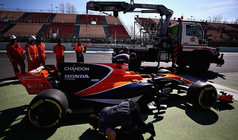 希望McLaren賽車動不動就上拖車的畫面,也能在明年賽季後成為追憶。