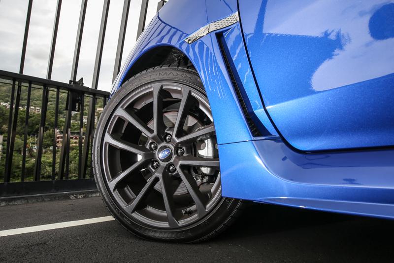 18吋輪圈造型不同以往。