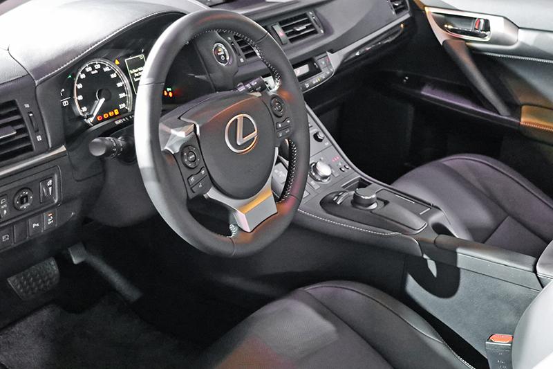 7吋螢幕的多功能資訊整合系統及智慧型旋鈕操控介面,讓車主可輕鬆操車輛多項先進功能。