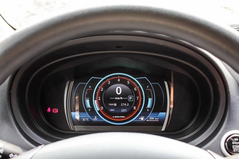 活動所提供車款的皆是頂配尊榮型,配是科技感十足的全數位儀表