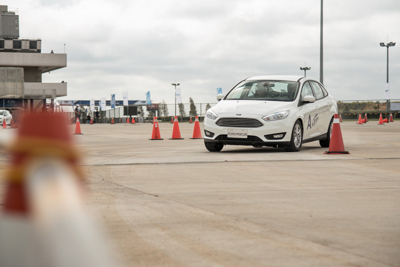 在發表會當天的操控體驗中,可以感受到TVC扭力分配控制系統對於改善前驅車轉向不足特性所帶來的助益。
