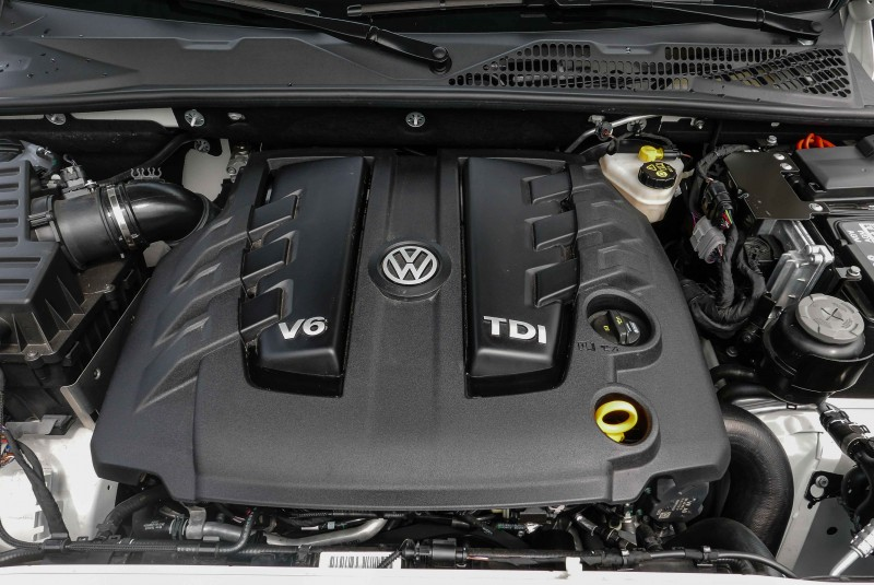 同樣搭載於Cayenne與Q7車上的V6 TDI引擎為了能充分發揮越野性能,原廠在輸出曲線與安裝角度都做了優化調整