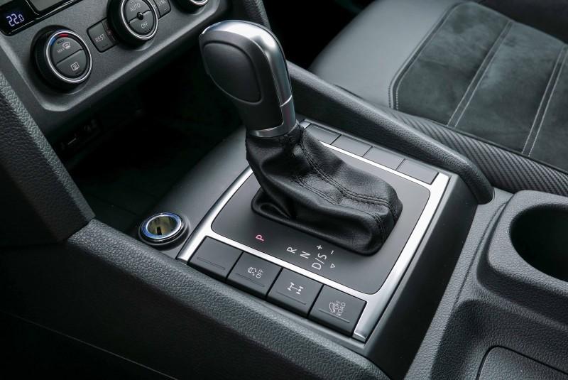 八速Tiptronic手自排變速箱與4MOTION全時四輪驅動系統/機械式後軸差速器鎖定功能是Amarok V6獨門絕活