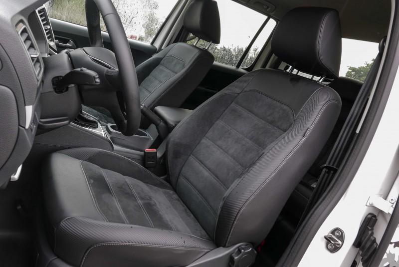 雙材質座椅讓Amarok V6擁有最舒適的承坐感受