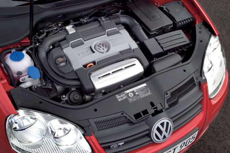 2006年,Volkswagen發表1.4升直列四缸雙增壓(也就是渦輪增壓加上機械增壓)引擎,已開始積極朝小排氣量大輸出的方向邁進。