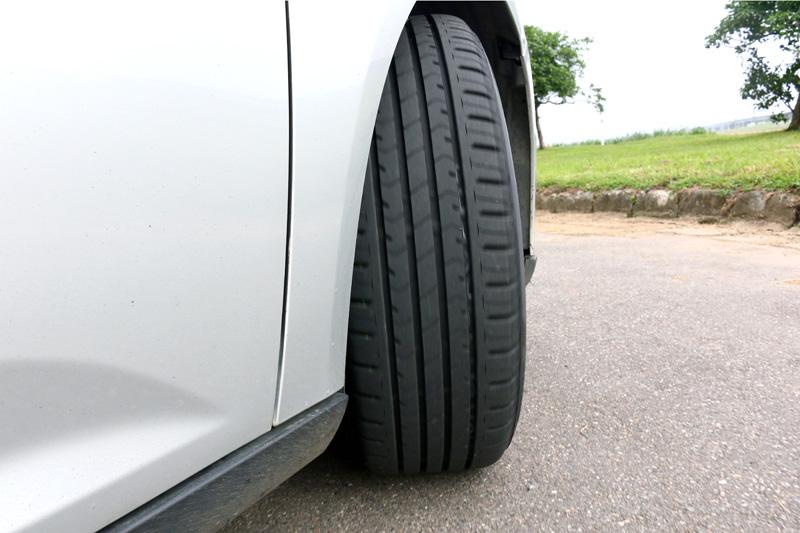 胎壓對於車輛動態與行車安全有很大的影響。