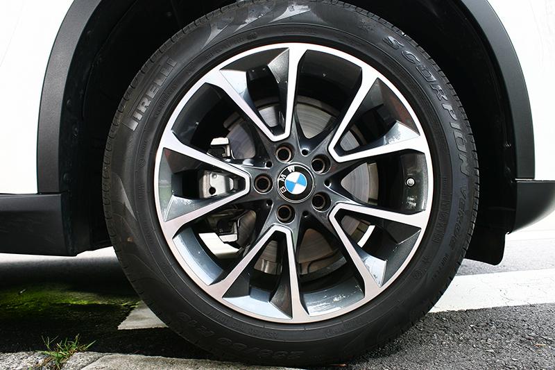 更動感的255/50 R19胎圈組為選配,標準配備則為255/55 R18。