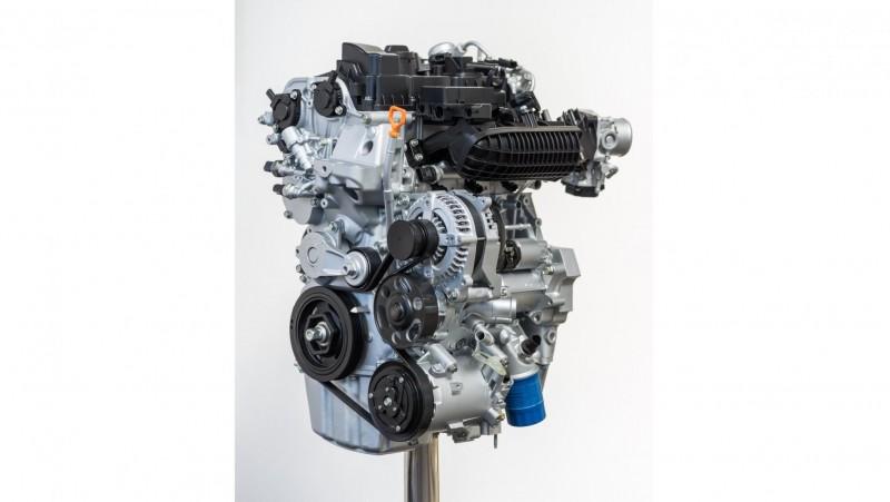 1.0 Vtec Turbo保留了Honda引以為傲的i-VTEC系統(可變揚程以及進排氣雙可變),更導入缸內直噴、可變式容量機油泵、濕式正時皮帶以及氣缸頭內置水冷排氣頭段等新技術