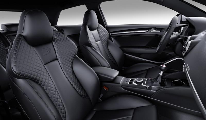 消費者亦可選配Nappa菱格紋縫線的S跑車化座椅,不僅增添更運動化的跑格,亦可打造專屬於自己的個性化座駕。