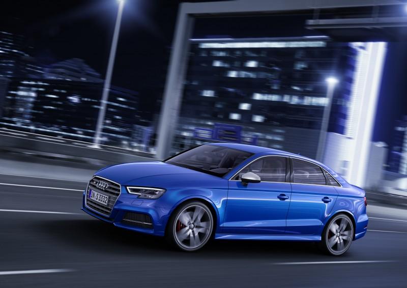 全新Audi S3 的動力核心搭載全新2.0 TFSI 高效率渦輪增壓引擎,可爆發出 310hp 最大馬力,並在2,000~5,400rpm的轉速域迸發出400Nm的扭力峰值,S3 在0-100 km/h加速衝刺亦僅需4.6秒即可完成,極速表現以電子限速於250km/h。