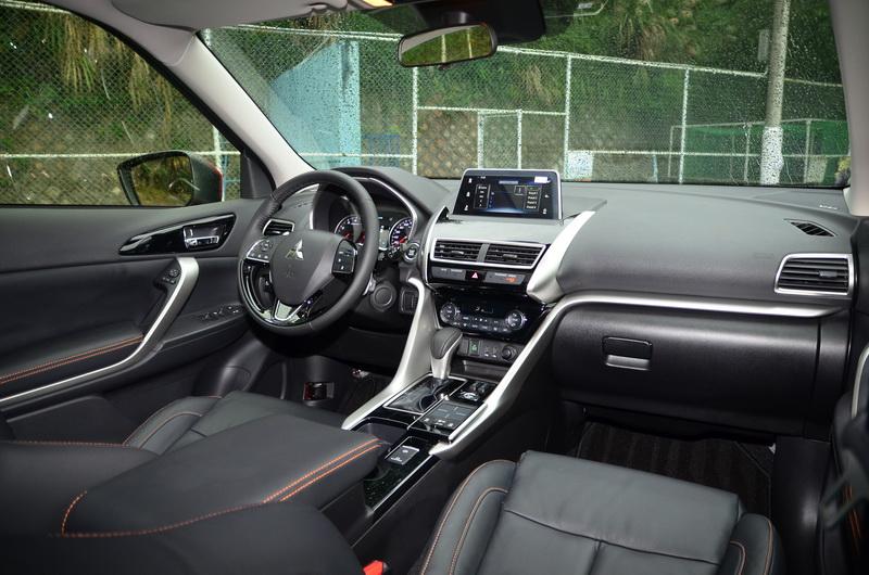 Mitsubishi累積數年的能量全數導入Eclipse Cross,新世代車款的車艙內裝果然質感不凡!
