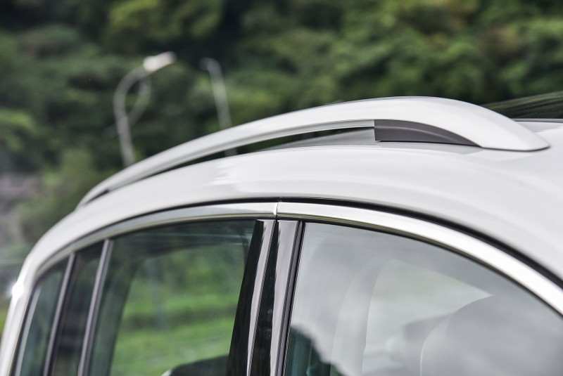 如果是我,就會想辦法換上車身貼合式車頂架