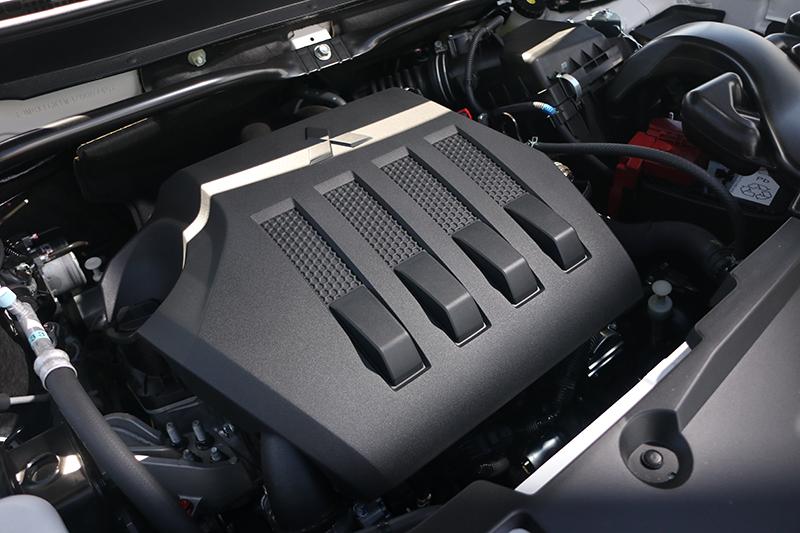 全新的1.5升渦輪增壓引擎輸出順暢,感受絕對不是自然進氣足以比擬的。