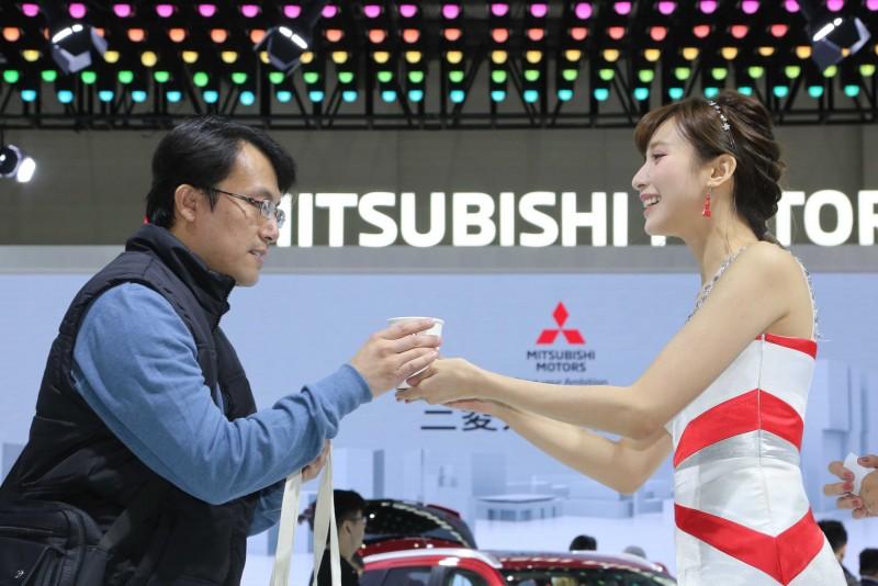 2018慶新年 MITSUBISHI名模下午茶 請車迷喝咖啡