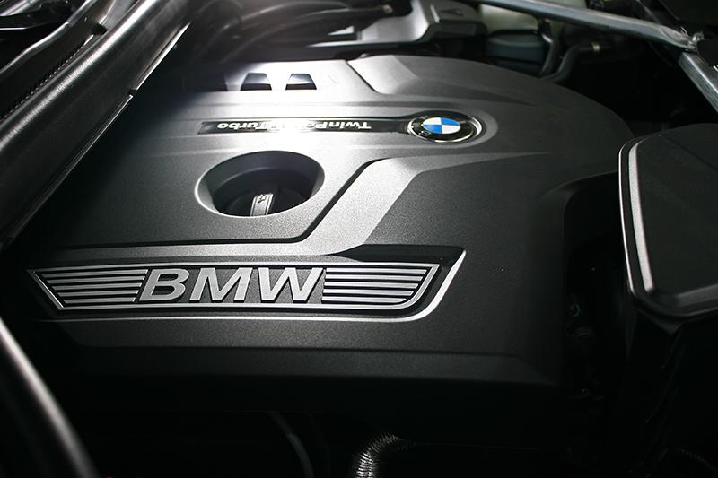 2.0升直列四缸渦輪增壓汽油引擎帶來252匹/5200轉與35.7公斤米/1450轉最大輸出。